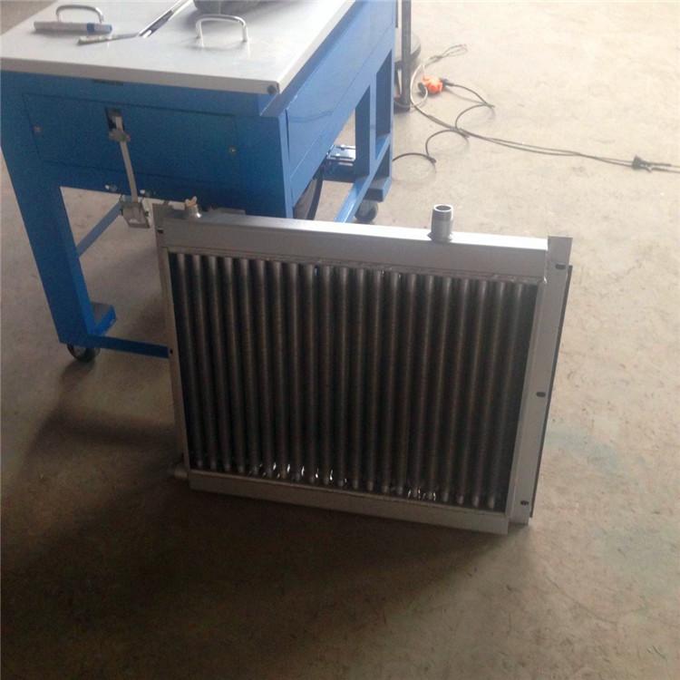 水箱散热器翅片式散热器